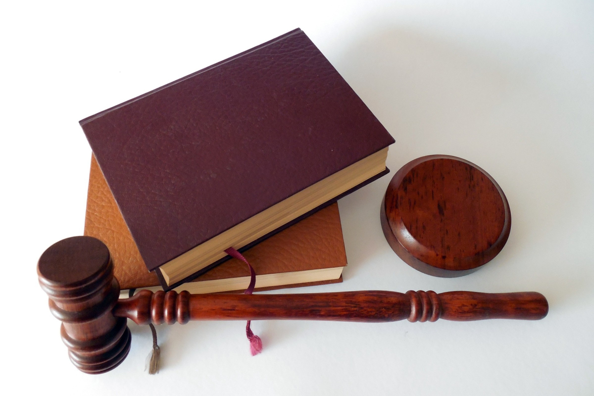 Business Legions HOW TO SELECT THE BEST CRIMINAL LAWYER IN STATESBORO GA content