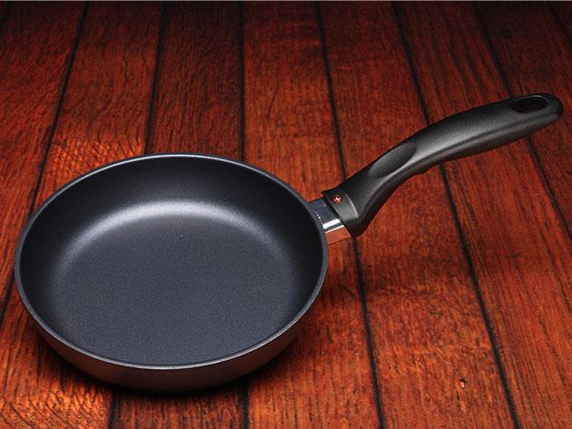 Swiss Diamond® HD Classic 7″ Nonstick Fry Pan for $33