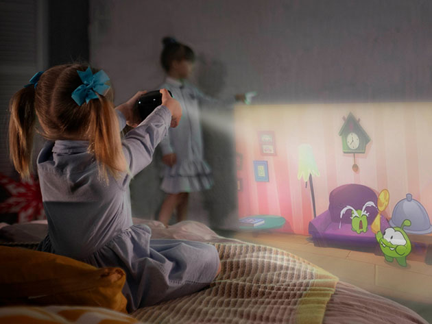 CINEMOOD 360: First 360° Interactive Projector for $328